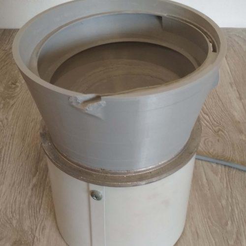 Bowl feeder 1